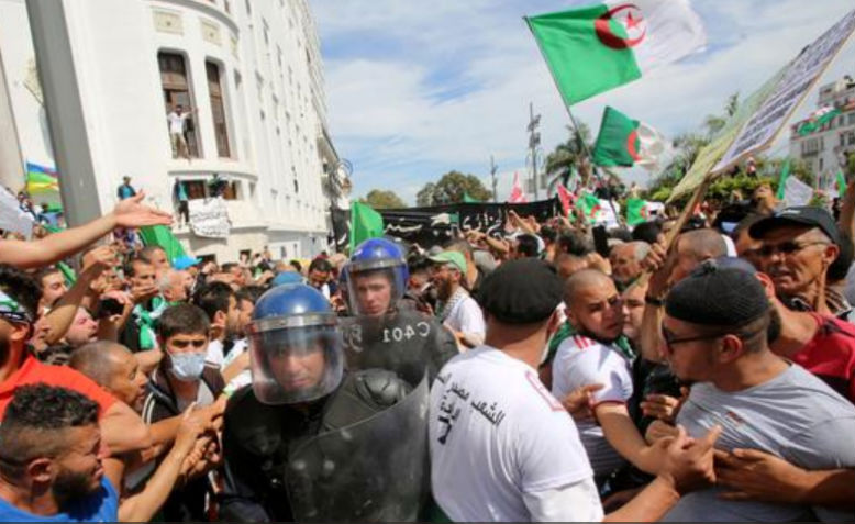 Protestors demonstrate in Algiers for the 13th Friday in a row. Photo: Jacpoludek via Twitter