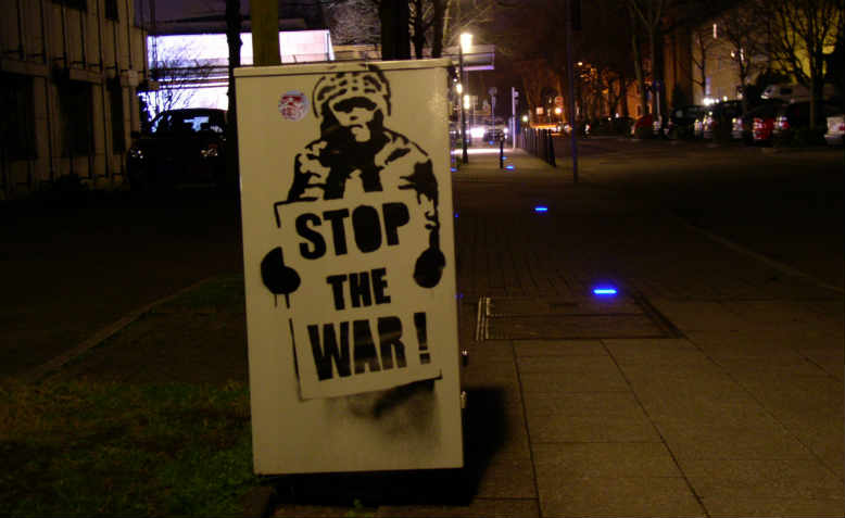 Stop the War graffti in Essen from 2004