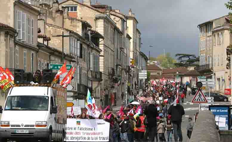 May Day anti-fascist rally and march, Auch, Le Gers, France, May 1 2017. Photo: Susan Ram