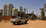 Algerian oil field under seige