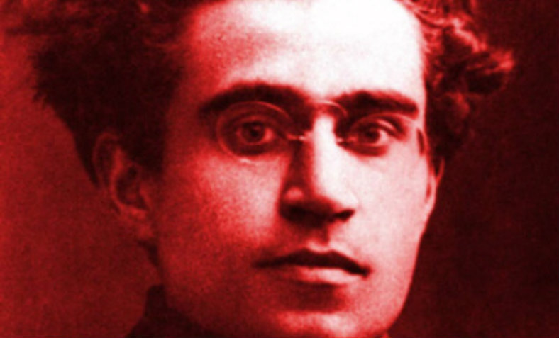 A portrait photograph of Gramsci in 1916.