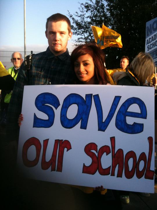 Kenton school picket