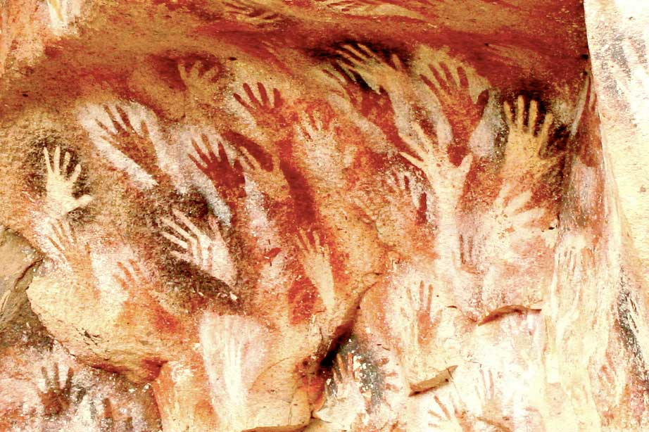 Prehistoric Cave Art 50,000 - 20,000 BC. Photo by Historias de Cronopios