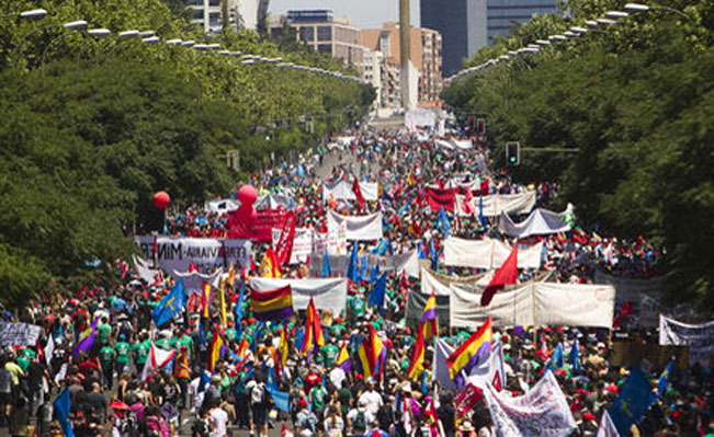 Spanish masses hit the streets to protest austerity