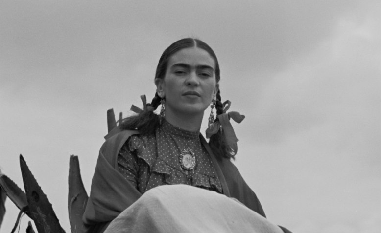 Frida Kahlo, Vogue photoshoot, 1937. Photo: Wikimedia Commons