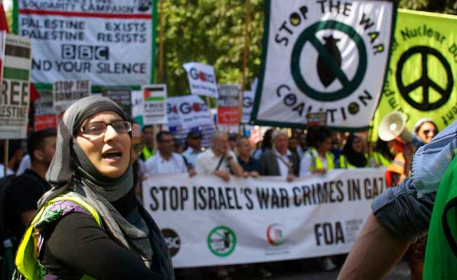 Gaza protestor in London. Women played a big part in organising against injustice. Photo: Jim Aindow