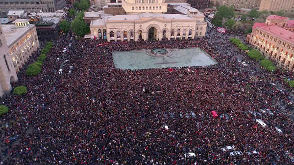armenia-protests-lg.jpg