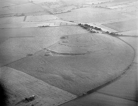Windmill Hill causewayed camp, Wiltshire, England