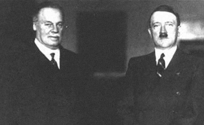 Lord Rothermere with Adolf Hitler