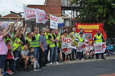 Hovis Wigan picket line