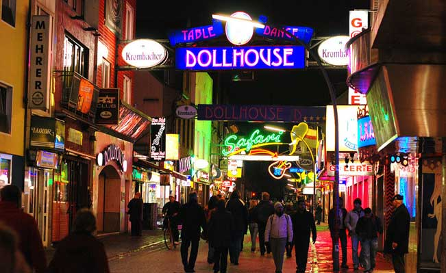 Many of the alleged crimes were also committed on Reeperbahn in Hamburg. Source: Wikipedia
