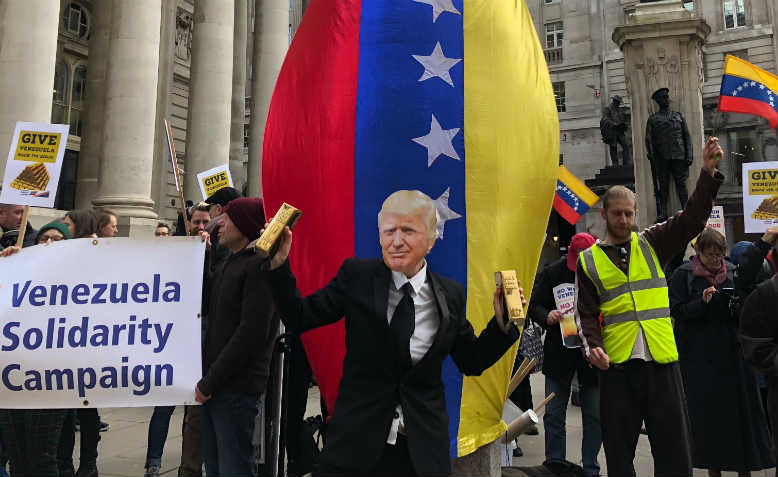 Venezuela Solidarity Campaign picket of Bank of England, 7 February 2019. Photo: Shabbir Lakha