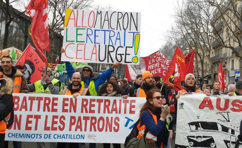 French rail workers protest against Macron's proposed pension reforms, December 2019. Photo: Wikimedia Commons