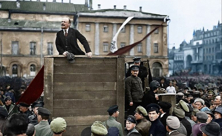 Lenin speaks to Red Army troops, 1920. Photo: Redfish/colourised by Viacheslav Peregudov
