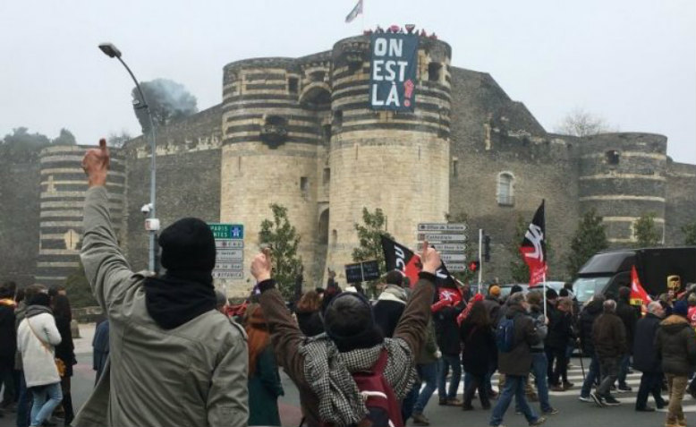 Strikes in Angers, January 2020. Photo: Révolution Permanente via Twitter