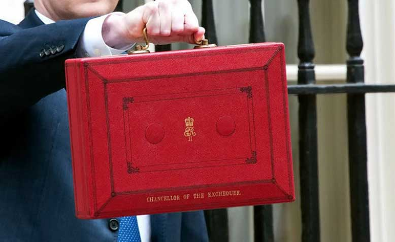 UK Chancellor budget red box Photo: seeliphotocapital.com