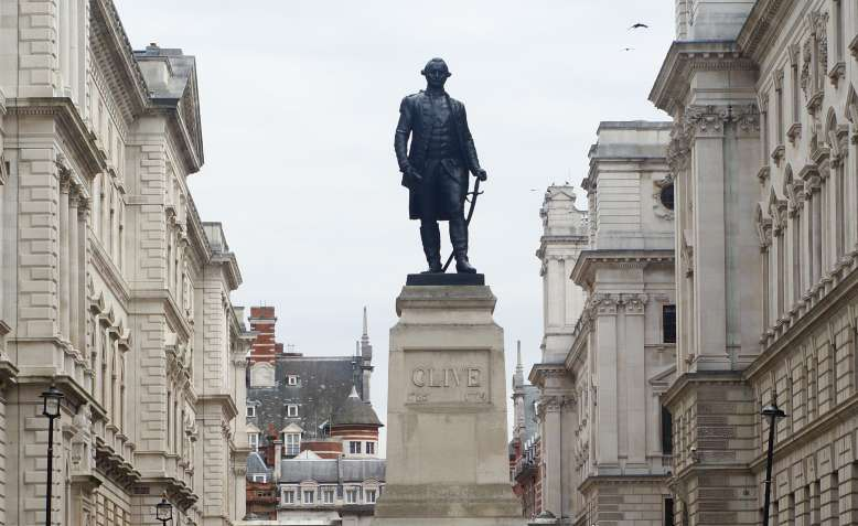 Robert Clive Statue, King Charles Street. Photo: Wikimedia Commons