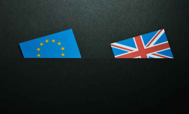 The UK and the EU going down together. Photo:  Miguel Á. Padriñán