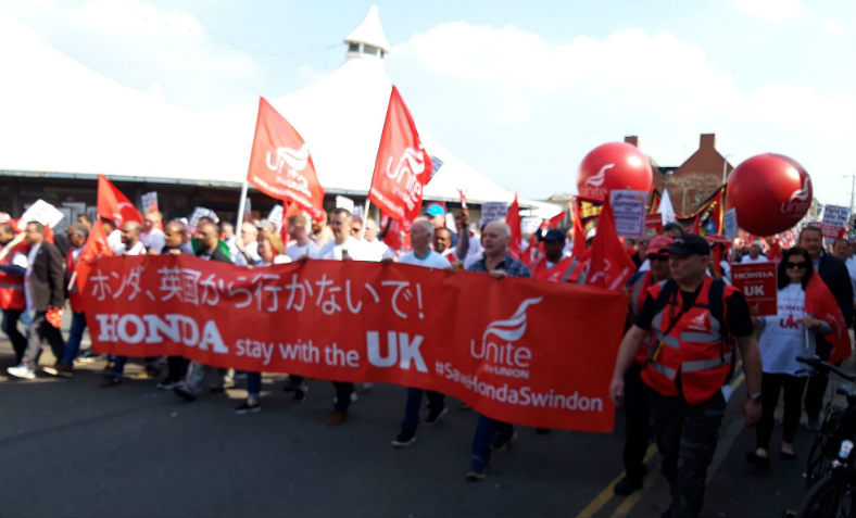 Front of the march at the #SaveHondaSwindon protest in Swindon on 30 March 2019. Photo: Sam Lees