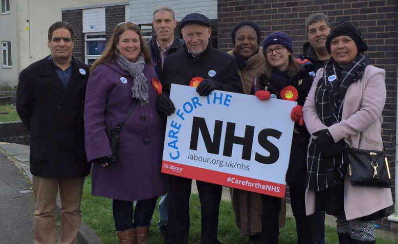 Kelvin Hopkins MP joins activists in Luton for the NHS Day of Action