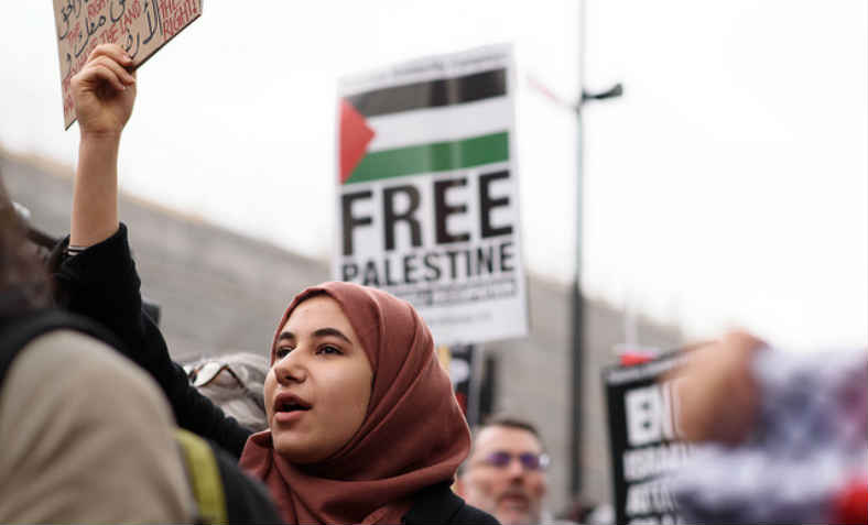 Protest for Gaza: Stop the Killing, Downing Street, London 7.4.18. Photo: Jim Aindow