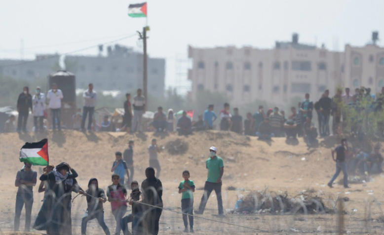 Protesters at the Gaza-Israel border, 11 May. Photo: Wikimedia Commons