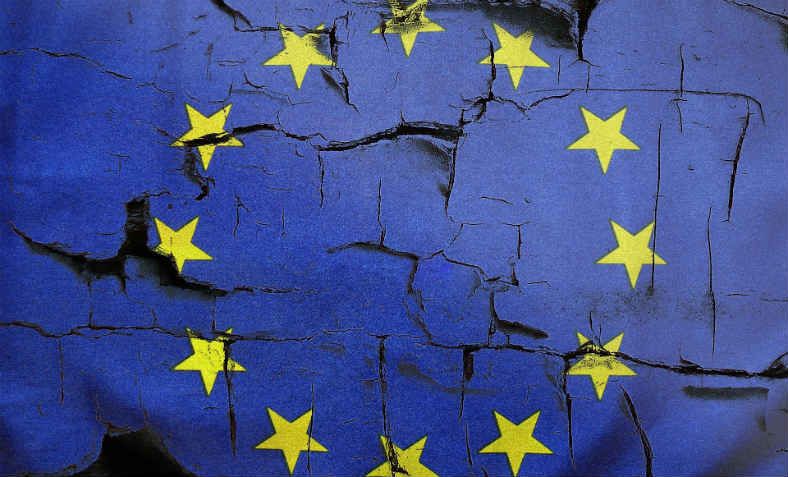 The European Union is crumbling. Photo: Pixabay