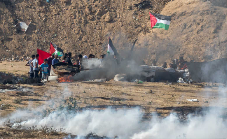 Protesters teargassed at Gaza border. Photo: Wikimedia Commons