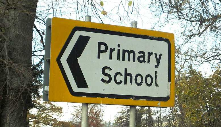 Primary school sign post. Source: Flickr - Educators.co.uk