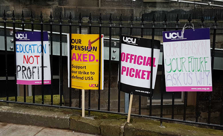 UCU placards. Photo: Wikimedia Commons