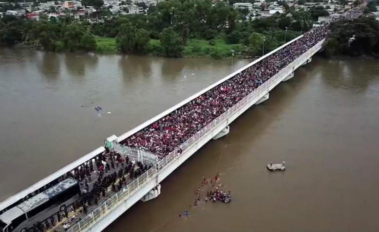 Migrant Caravan leaving Honduras, October 2018. Photo: Public Domain