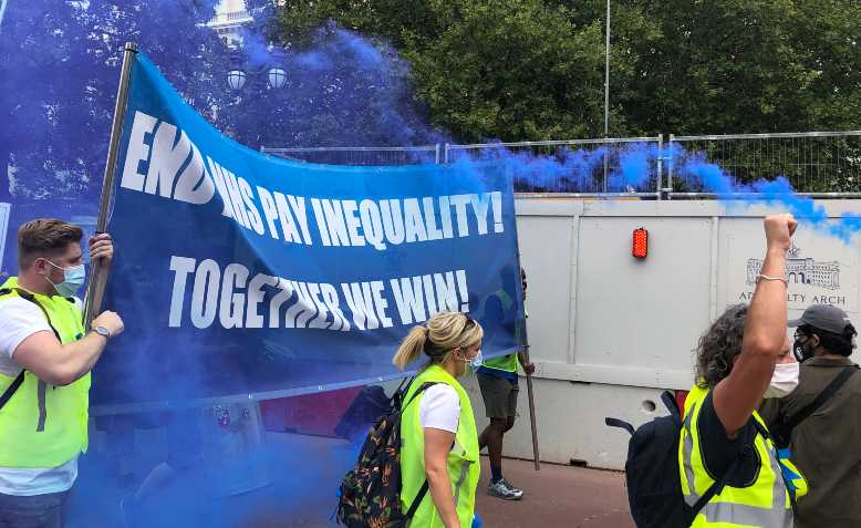 End NHS Pay Inequality! Together we win! Photo: Shabbir Lakha
