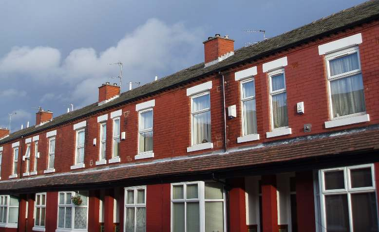 Terraced houses, Manchester. Photo: Freeimageslive / CC BY 3.0, licence and original photo linked at bottom of article