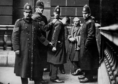 arrest of Clyde Workers' Committee leaders David Kirkwood and William Gallacher