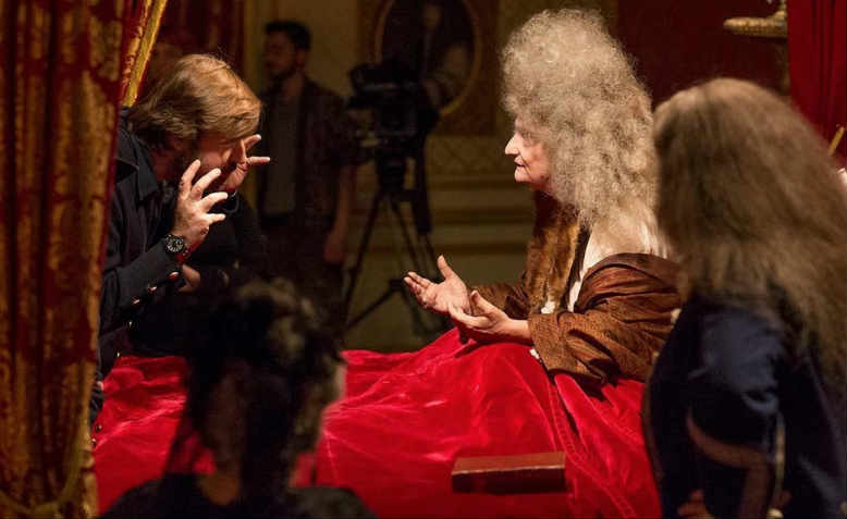 Albert Serra directs Jean-Pierre Léaud as the Sun King in The Death of Louis XIV. Photo: Capricci Films