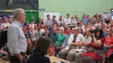 Bristol: hundreds turn out for Corbyn's radical message