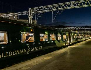 Caledonian Sleeper: strikers and passengers wide awake to Serco lies - News from the Frontline