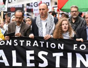 We stand with Palestine: thousands march in solidarity