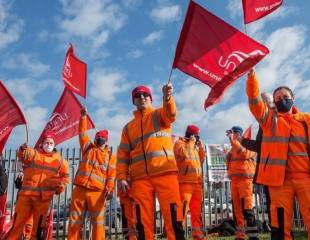 """""""How can they treat key workers like this?"""" – interview with a Thurrock Council striker"""