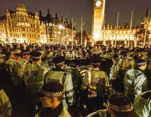 Occupy Democracy holds Parliament Square despite police aggression