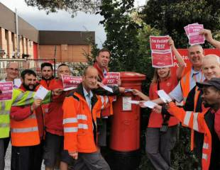 Postal workers stand up to management attacks - Interview with CWU's Andy Hopping