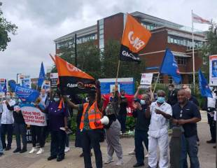 NHS strikes on the table as health workers decisively reject pathetic Tory pay deal